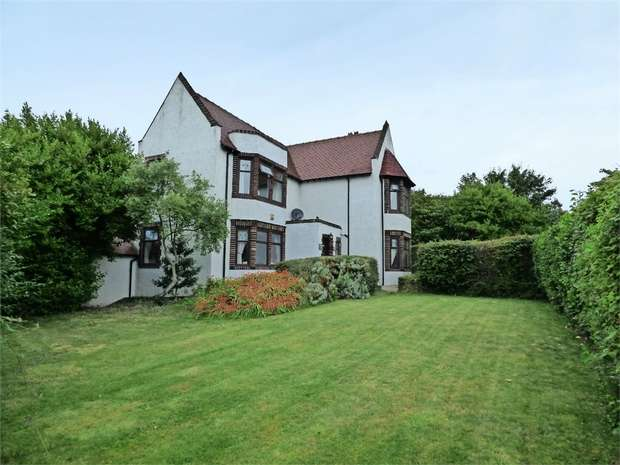 4 Bedrooms Detached House for sale in Abbey Road, Barrow-in-Furness, Cumbria
