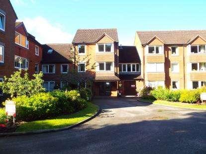 1 Bedroom Flat for sale in Beechwood Court, Corfton Drive, Wolverhampton, West Midlands