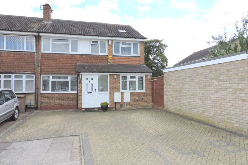 4 Bedrooms Semi Detached House for sale in Holgate Drive, Luton, Bedfordshire, LU4 0XD