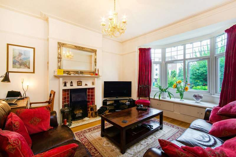 2 Bedrooms Maisonette Flat for sale in Leigham Court Road, Streatham Hill, SW16