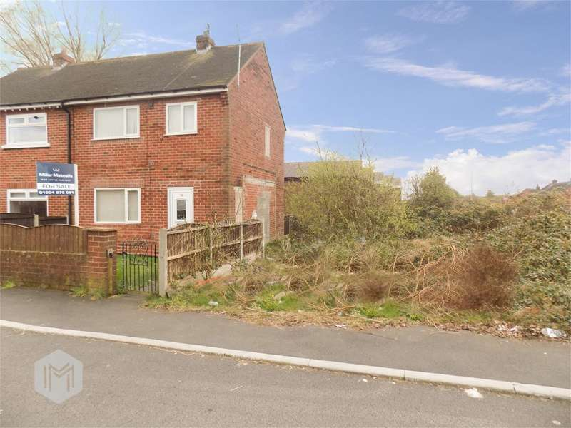 3 Bedrooms End Of Terrace House for sale in Princess Avenue, Kearsley, Bolton, BL4