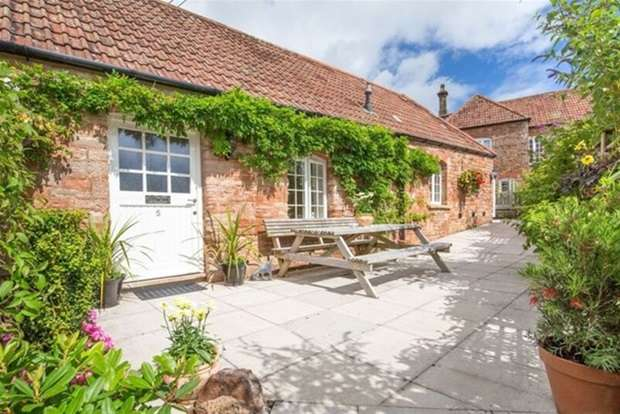 3 Bedrooms House for sale in The Courtyard, South Horrington Village, Wells