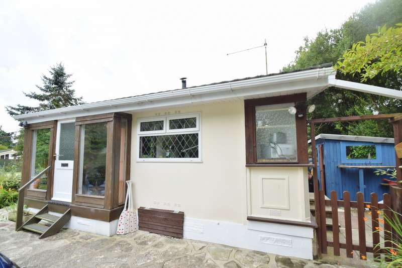 2 Bedrooms Mobile Home for sale in Organford