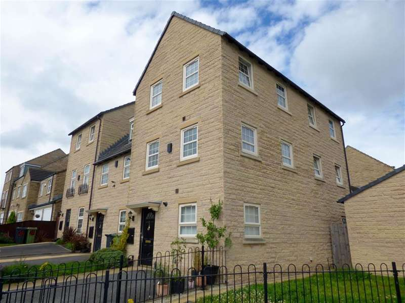 2 Bedrooms Town House for sale in Norfolk Avenue, Huddersfield, HD2 1GS