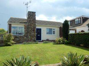 3 Bedrooms Bungalow for sale in Princes Avenue, Minster On Sea, Sheerness