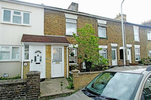 3 Bedrooms Terraced House for sale in Goodnestone Road, Sittingbourne, Kent