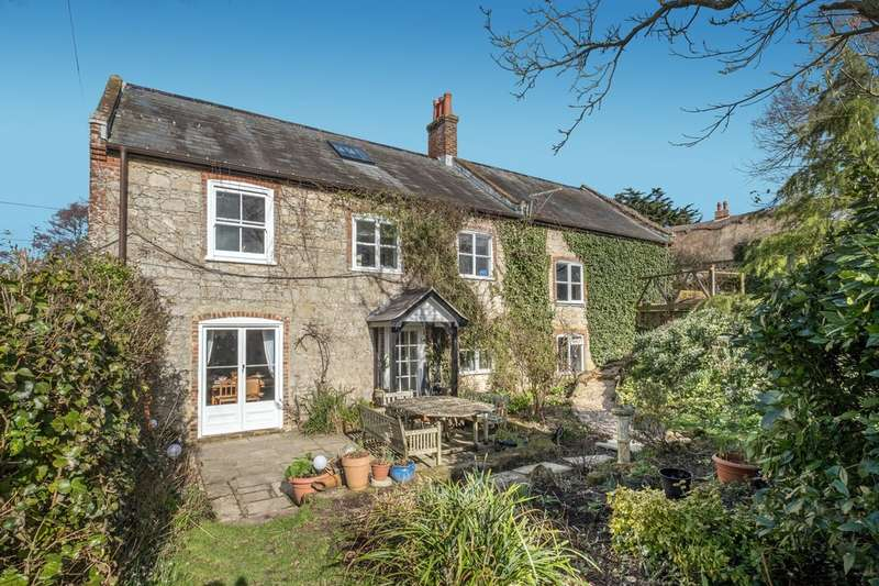 5 Bedrooms Detached House for sale in Newbridge, Isle of Wight