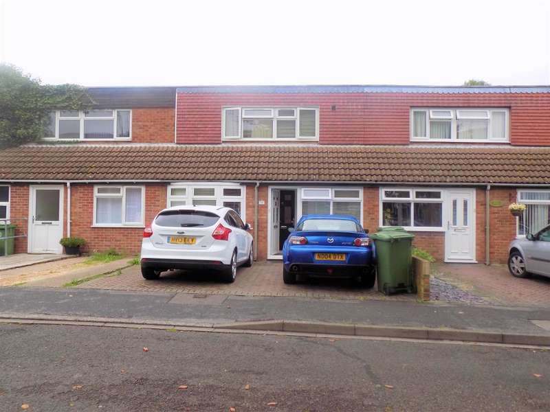 3 Bedrooms Detached House for sale in St. Barbara Way, Portsmouth, PO2 0UT