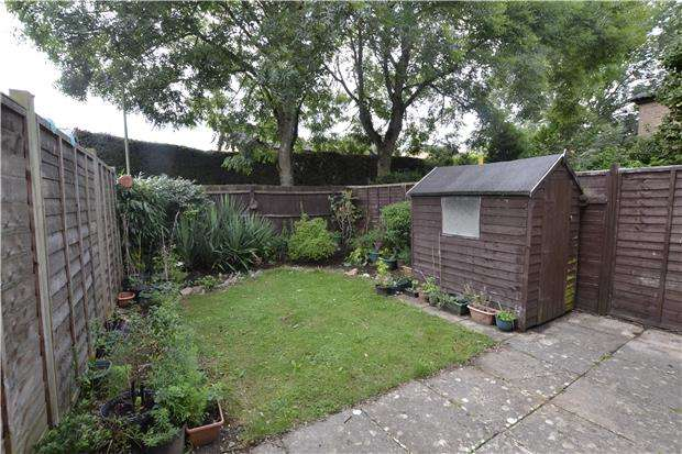 1 Bedroom Terraced House for sale in Burwell Close, WITNEY, Oxfordshire, OX28 5JN