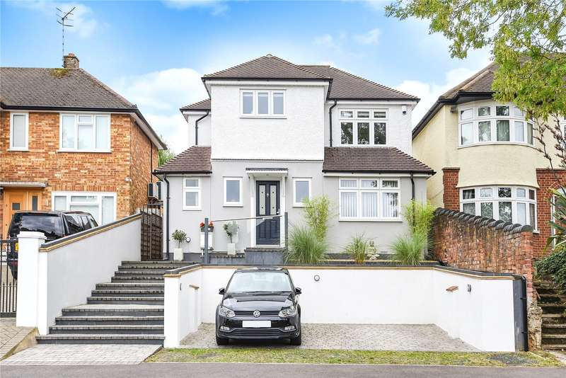 4 Bedrooms Detached House for sale in Brookdene Avenue, Watford, Hertfordshire, WD19