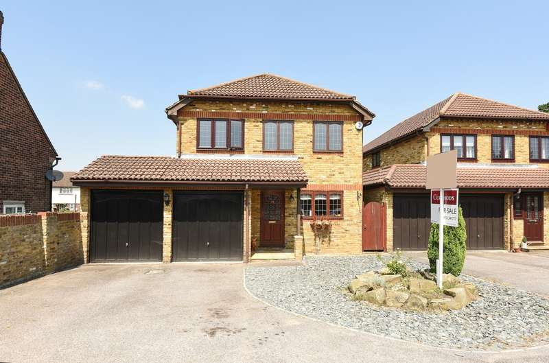 4 Bedrooms Detached House for sale in Hersham