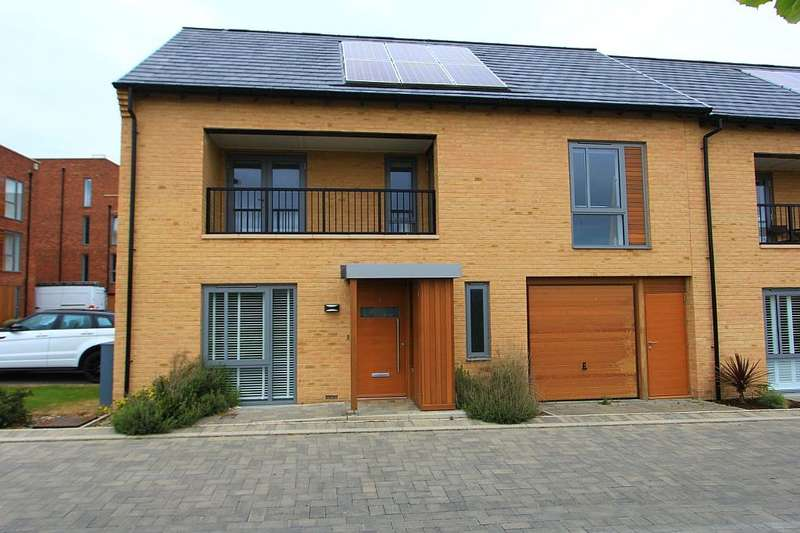 3 Bedrooms End Of Terrace House for sale in Kestrel Rise, Trumpington, Cambridge, Cambridgeshire, CB2 9BP