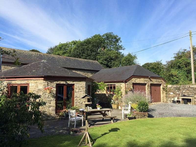 4 Bedrooms Barn Conversion Character Property for sale in Middle Hampt, Luckett, Callington, Cornwall, PL17 8NR