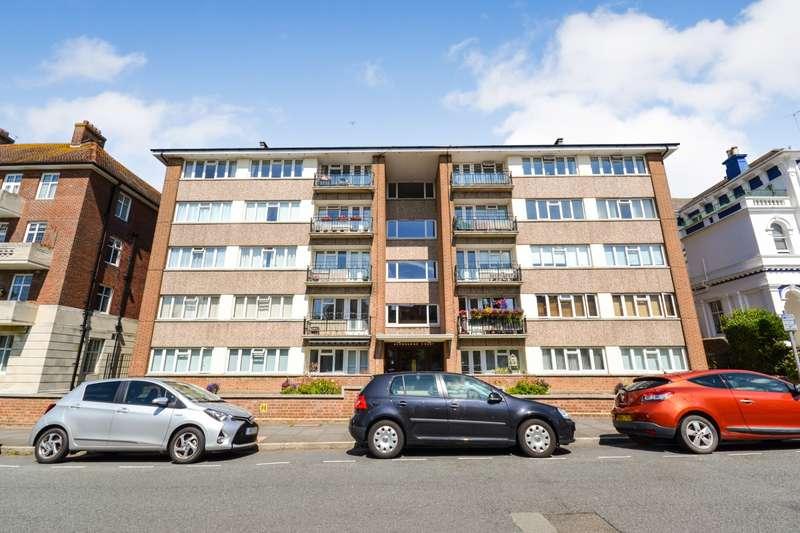 3 Bedrooms Flat for sale in Ashbourne Court, Burlington Place, Eastbourne, BN21