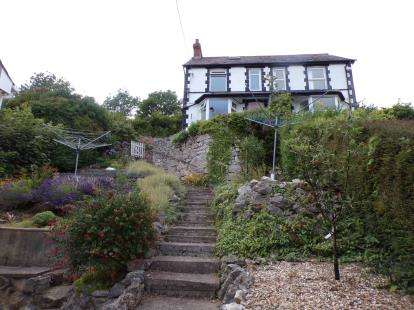 2 Bedrooms Semi Detached House for sale in Pendre Road, Penrhynside, Llandudno, Conwy, LL30