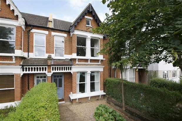 3 Bedrooms Flat for sale in Clive Road, Dulwich
