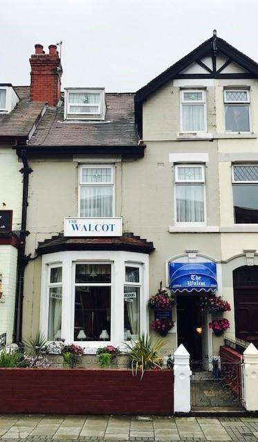 10 Bedrooms Hotel Commercial for sale in PALATINE ROAD, Blackpool, FY1 4BX