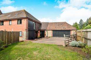 4 Bedrooms Barn Conversion Character Property for sale in The Street, Willesborough, Ashford, Kent