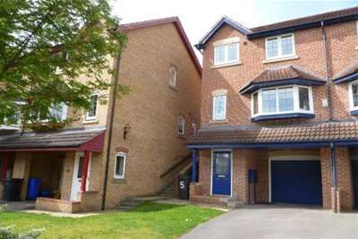3 Bedrooms Semi Detached House for rent in Ironstone Drive, Chapeltown