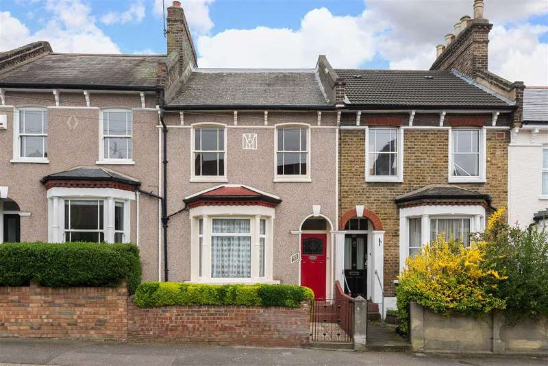 3 Bedrooms Terraced House for sale in Embleton Road, Lewisham