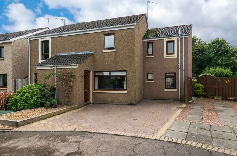 4 Bedrooms Semi Detached House for sale in Chalybeate, Haddington, East Lothian, EH41 4NX