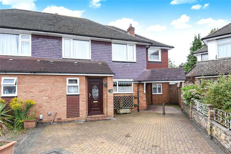 4 Bedrooms Semi Detached House for sale in Heron Close, Rickmansworth, Hertfordshire, WD3