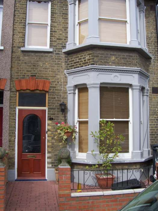 4 Bedrooms House for sale in Scawen Road, Deptford, SE8 5AG