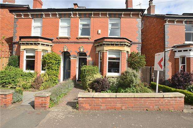 4 Bedrooms Semi Detached House for sale in Ewlyn Road, CHELTENHAM, Gloucestershire, GL53 7PB