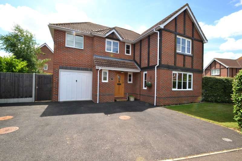 5 Bedrooms Detached House for sale in Cohort Drive, Essex, Essex, CO2