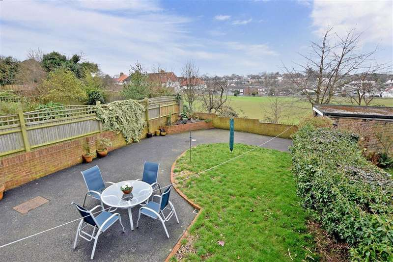 3 Bedrooms Semi Detached House for sale in Warmdene Road, Patcham, Brighton, East Sussex