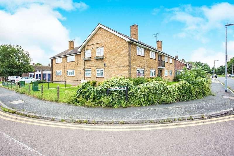 2 Bedrooms Flat for sale in Moor View, Watford, WD18