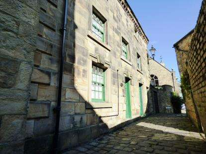 1 Bedroom Terraced House for sale in Chapel Street, Longnor, Buxton, Staffordshire