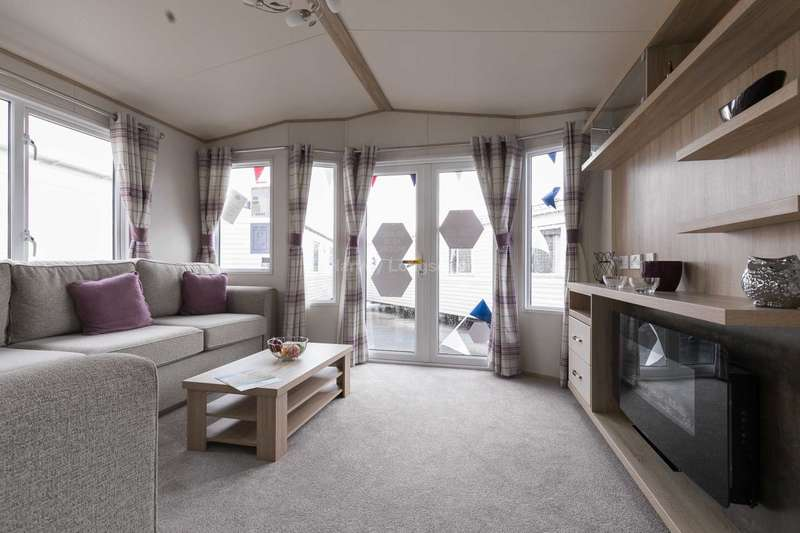 2 Bedrooms Caravan Mobile Home for sale in Felixstowe, Suffolk