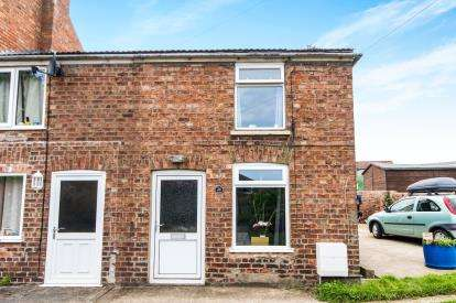 1 Bedroom End Of Terrace House for sale in Albert Street, Horncastle, Lincolnshire, .