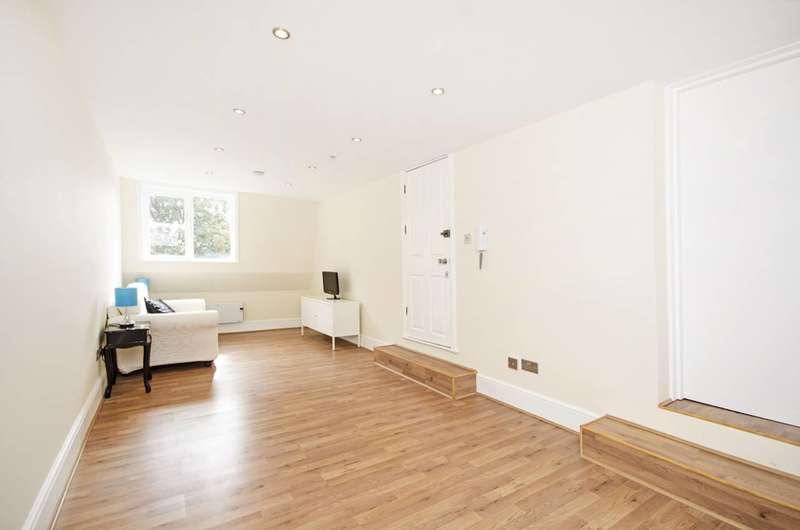 1 Bedroom Flat for sale in Dalston Lane, Hackney, E8