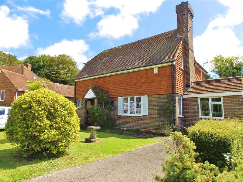 4 Bedrooms Detached House for sale in Peakdean Lane, East Dean