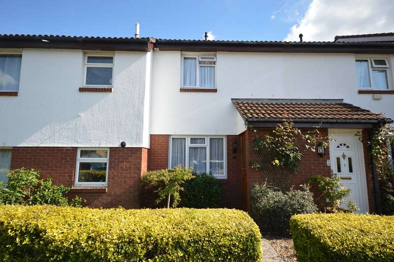 3 Bedrooms Terraced House for sale in Fennel Gardens, Lymington