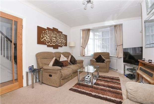 4 Bedrooms Terraced House for sale in Manship Road, MITCHAM, Surrey, CR4