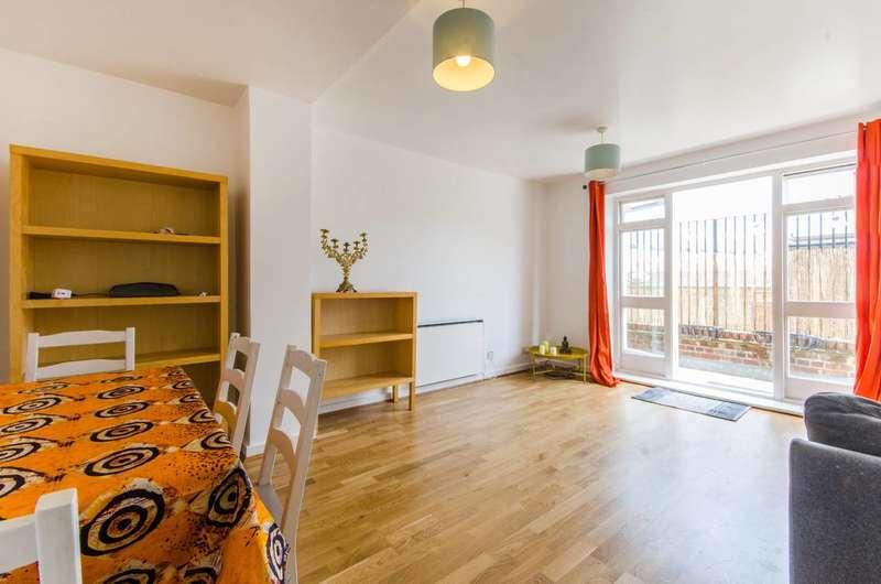 2 Bedrooms Flat for sale in Deptford High Street, Deptford, SE8