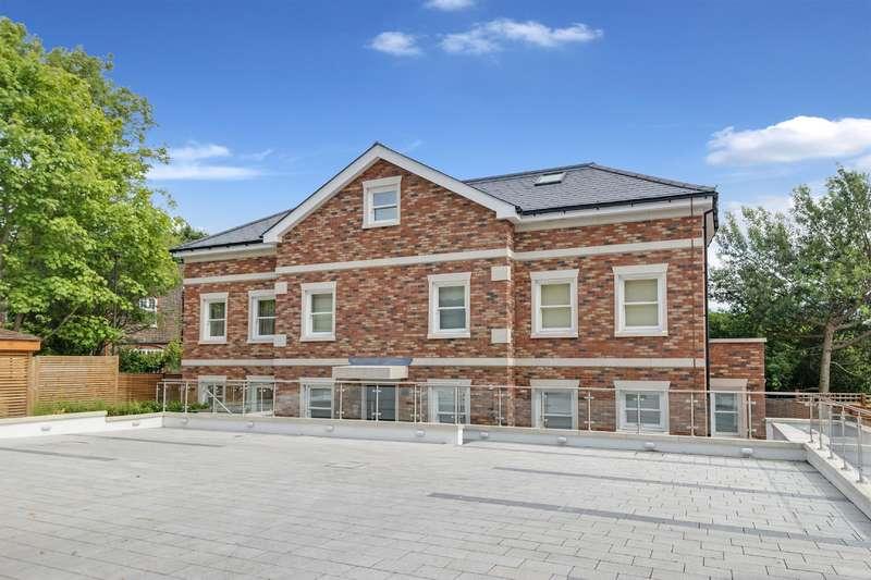 3 Bedrooms Flat for sale in Tenterden Grove, Hendon