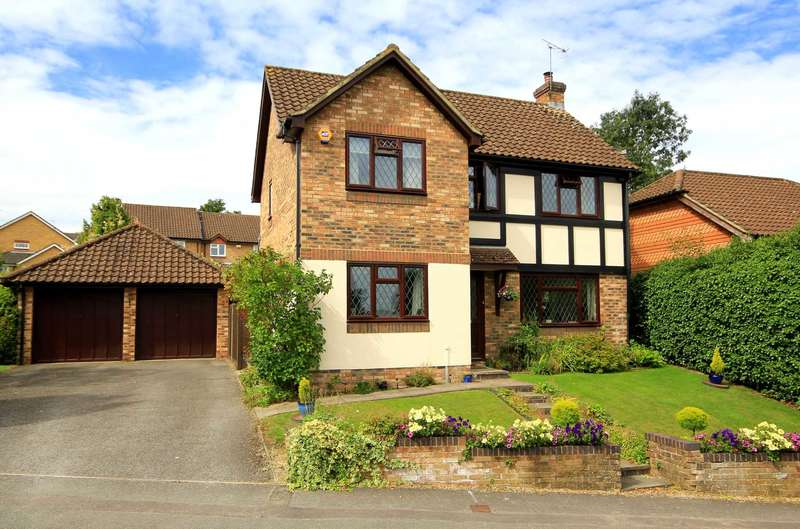 4 Bedrooms Detached House for sale in 4 BED DETCHED - EXECUTIVE DEVELOPMENT - GARAGE, HP1