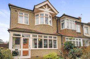 3 Bedrooms End Of Terrace House for sale in The Woodlands, Hither Green, London, United Kingdom