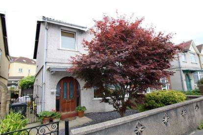 3 Bedrooms Semi Detached House for sale in St. Johns Lane, Bedminster, Bristol
