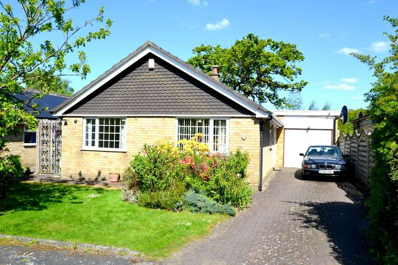 3 Bedrooms Detached Bungalow for sale in Troutbeck Road, Gatley