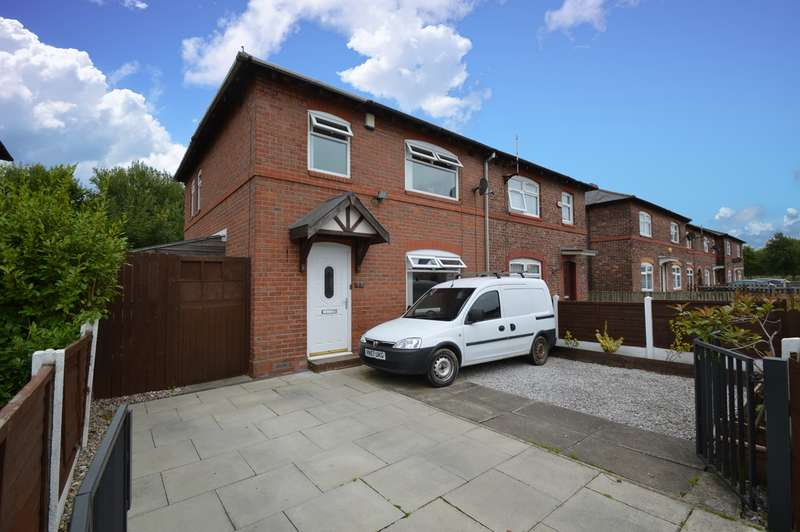 3 Bedrooms Semi Detached House for sale in Kingsley Avenue, Salford, M7