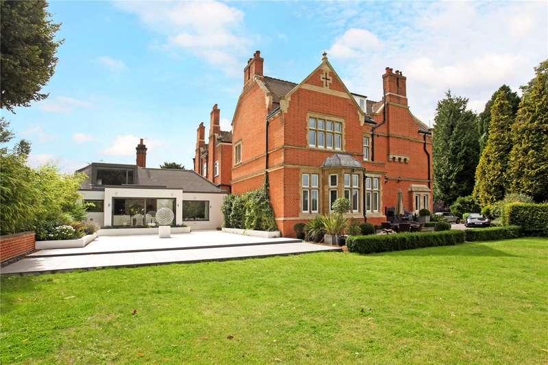 3 Bedrooms Semi Detached House for sale in Sutherland Grange, Maidenhead Road, Windsor, Berkshire, SL4