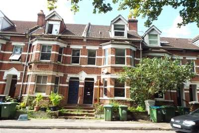 5 Bedrooms House for rent in Silverdale Road, Central