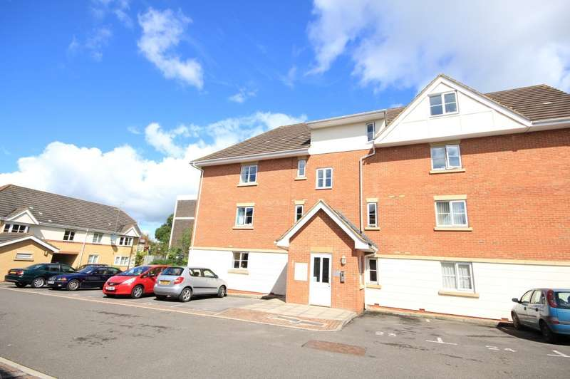 2 Bedrooms Flat for sale in Avenue Heights, Basingstoke Road, Reading, RG2