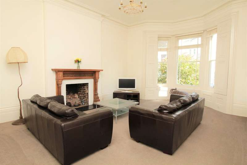 2 Bedrooms Flat for sale in Belmont, Brighton