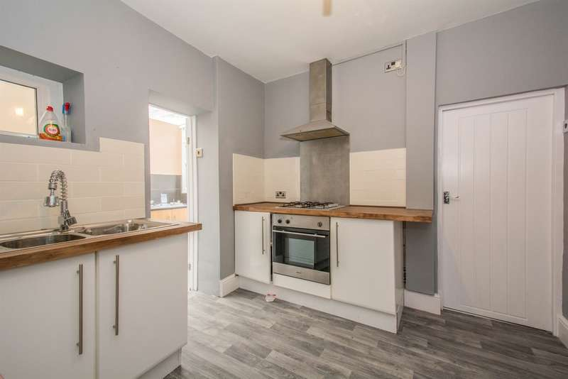 3 Bedrooms Terraced House for sale in Lewis Street, Pentre